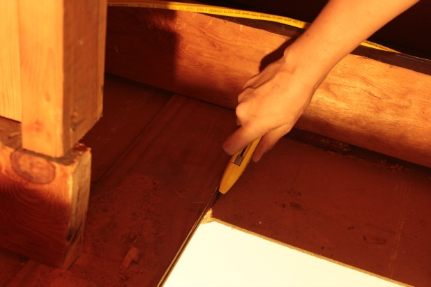 cut ceiling with a utility knife