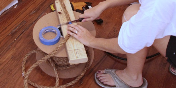 cutting rope with a knife