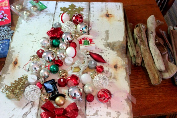 ornament and driftwood Christmas tree craft