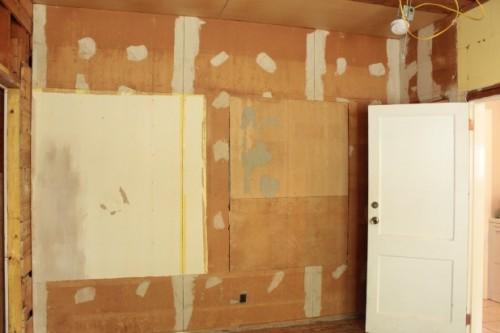guest bedroom back of closet wall before repair