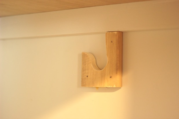 easy diy wall to wall closet bracket