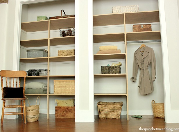 easy DIY wall to wall closet - the space between