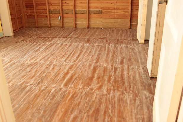 Hardwood floor sanding and staining tips and tricks for Sanding hardwood floors