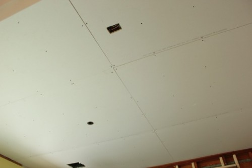 how to drywall a ceiling