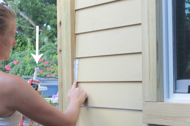 How To Caulk Exterior Siding