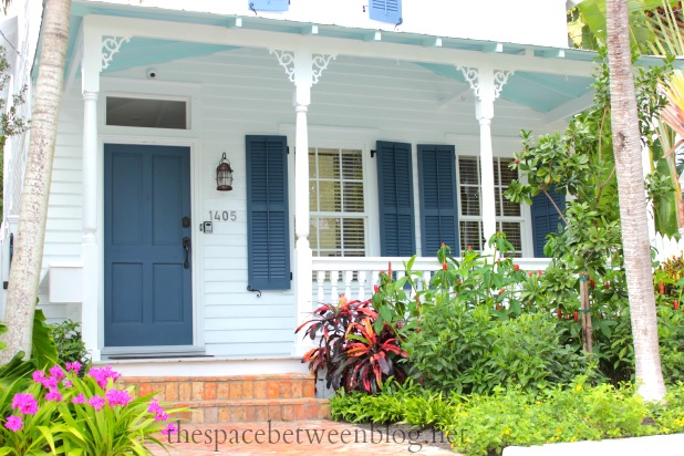 front door colors and using key west front doors for inspiration. Black Bedroom Furniture Sets. Home Design Ideas