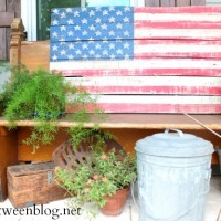 upcycling idea – a pallet project from the book!