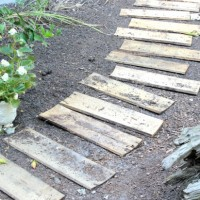 diy pallet walkway, one huge project fail