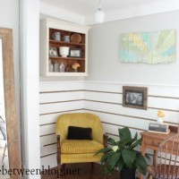 our rope and wood accent wall {another way to use reclaimed wood}